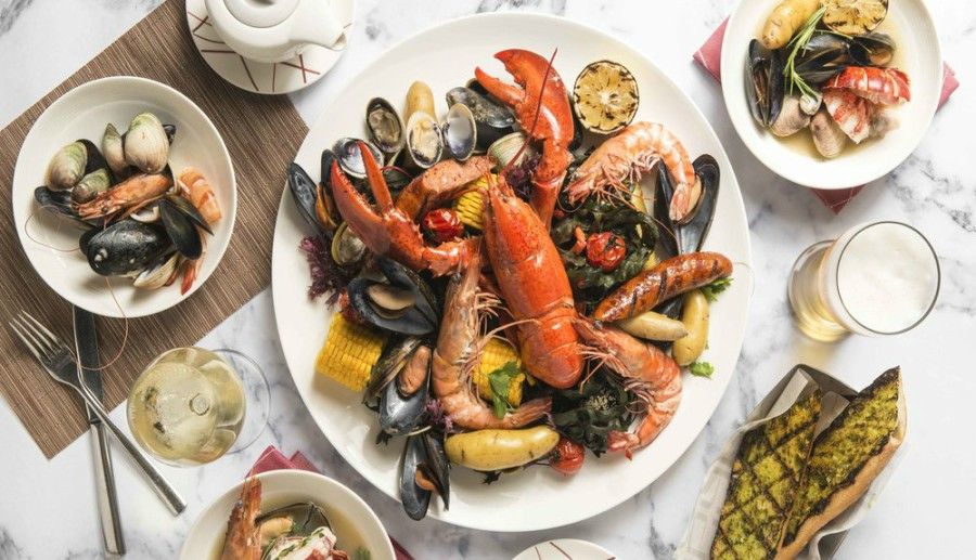 db Bistro Signature New England Seafood Boil-1000x575.jpg